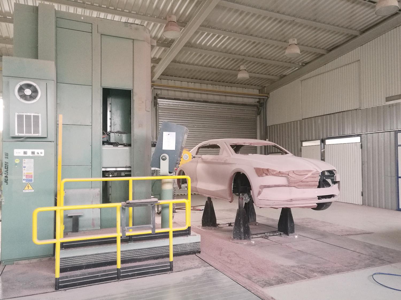 CNC-Fräse XXL: 6x3x3m, 6 Achsen